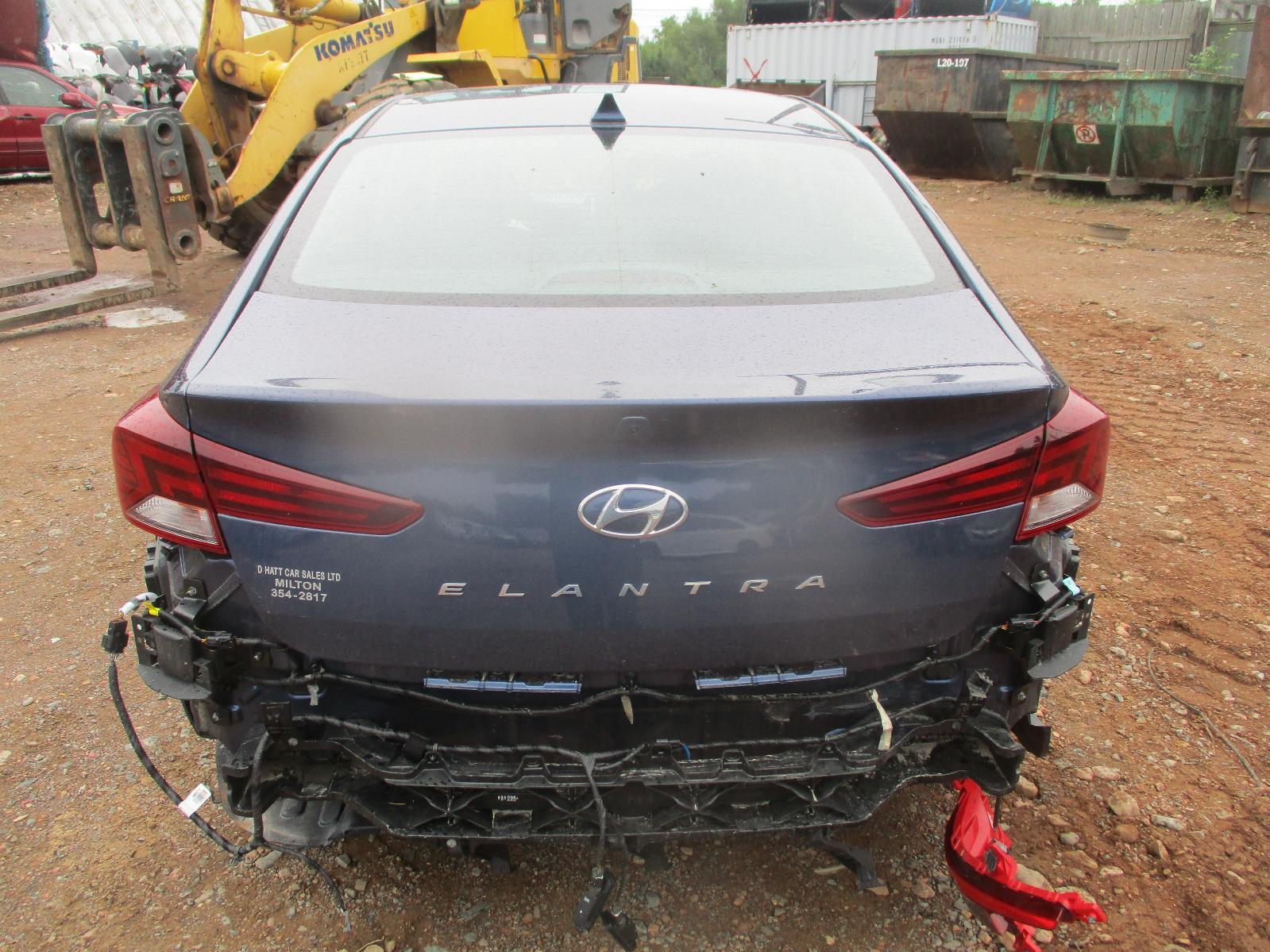 2019 Hyundai Elantra SEL – #H00555 full