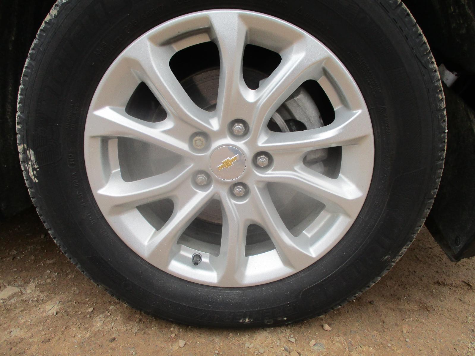 2015 Chevrolet Equinox LS – #K00770 full