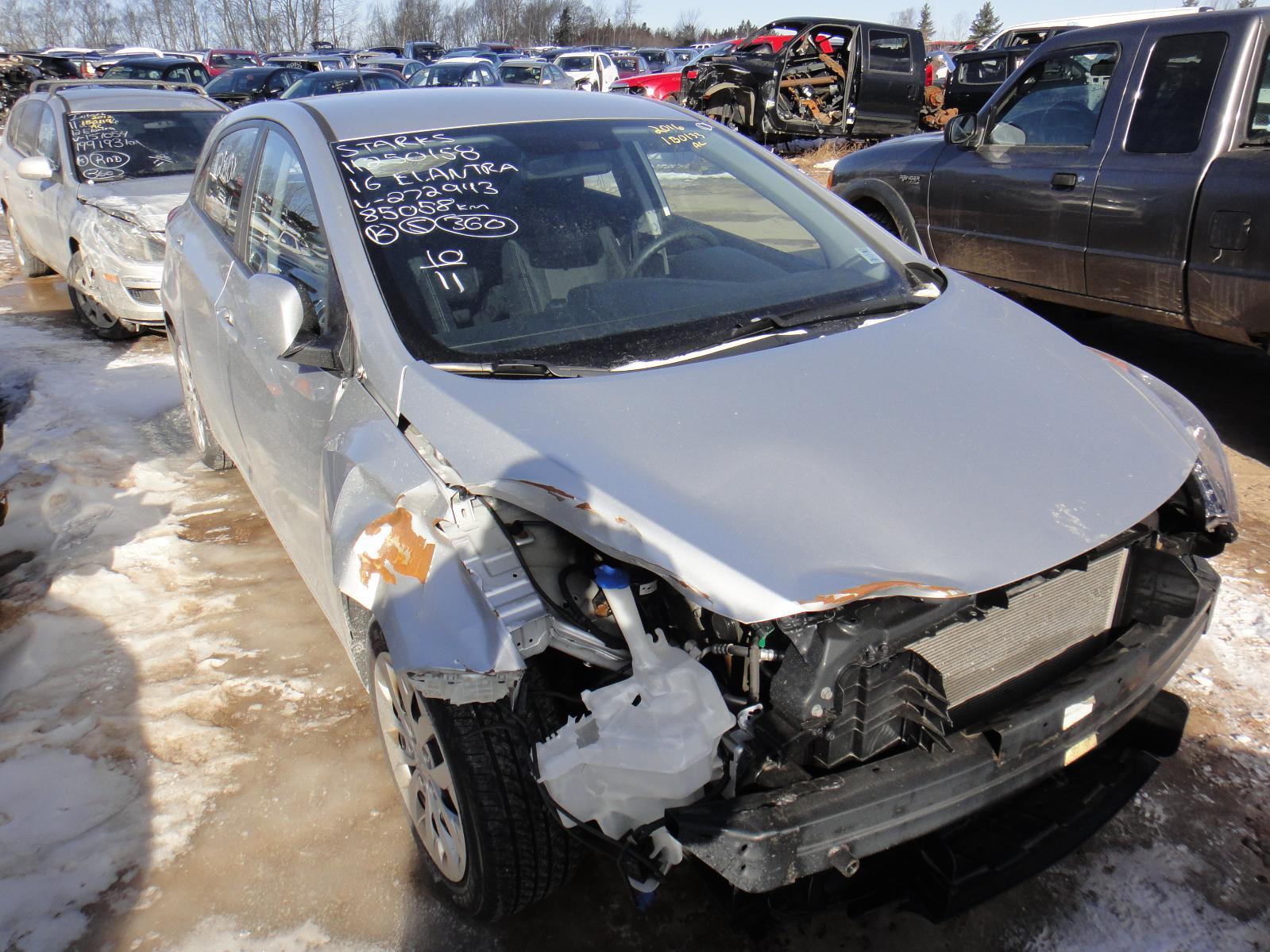 2016 Hyundai Elantra GT full